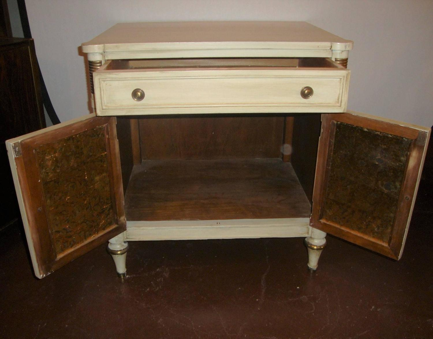 Fine Chest Or Nightstand By Kindel Grand Rapids For Sale At 1stdibs