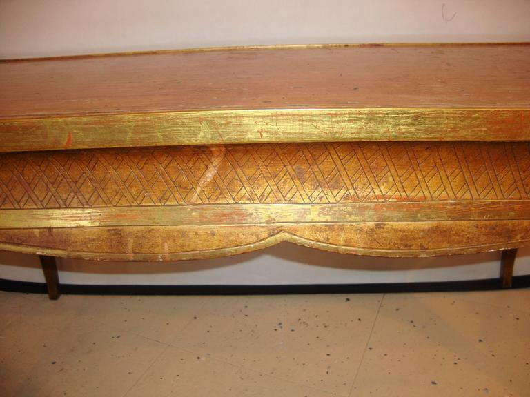 Mid-20th Century Hollywood Regency Style Jansen Gilt Gold Coffee Table Decorative X Design For Sale