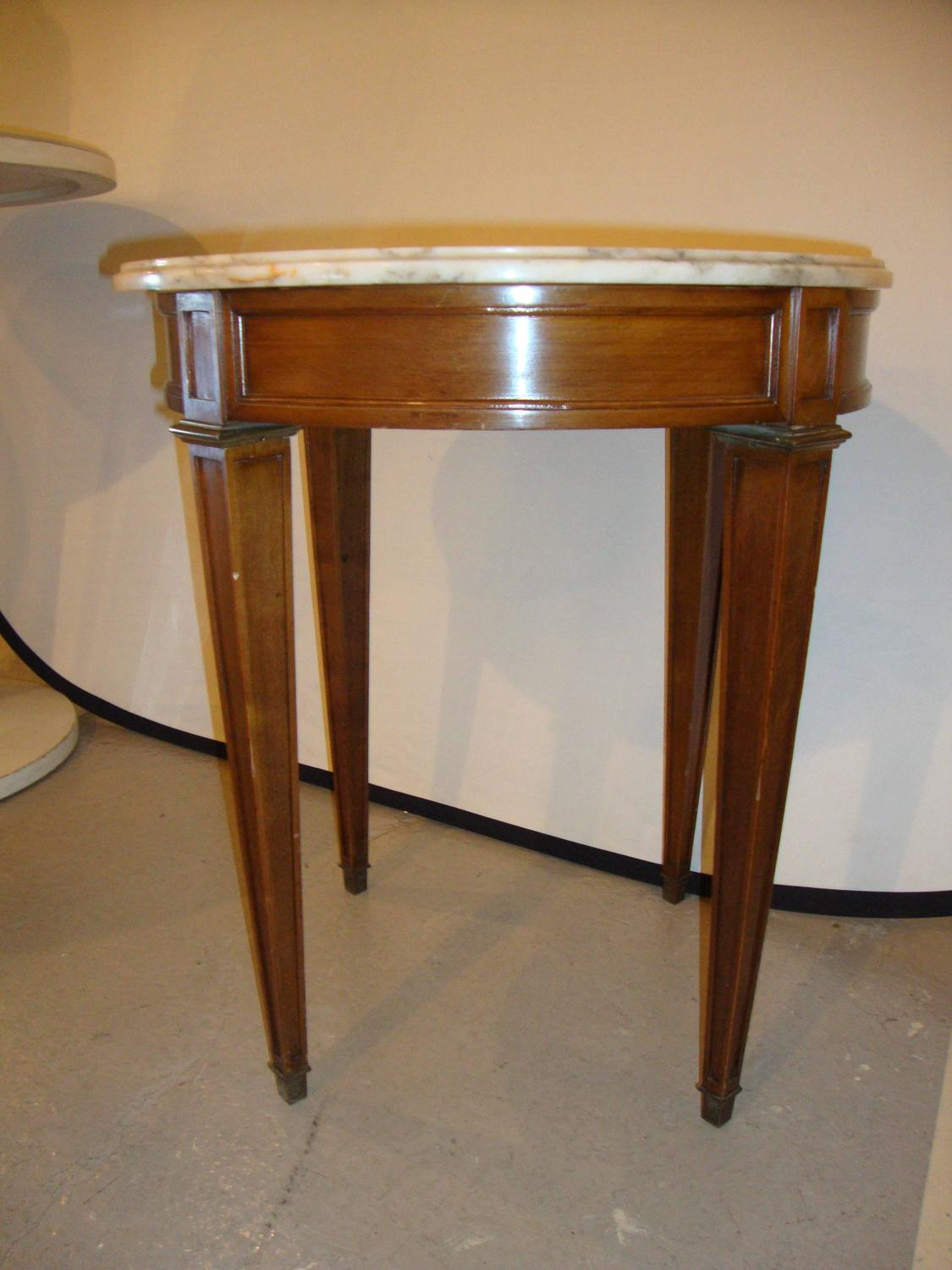 small marble top end table or pedestal louis xvi style for. Black Bedroom Furniture Sets. Home Design Ideas