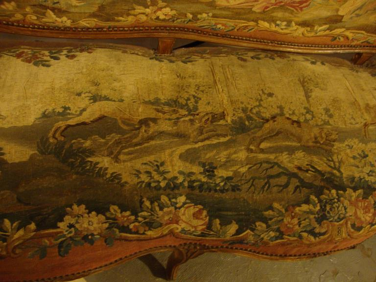 18th Century Louis XV Fruitwood Settee in Aubusson Upholstery In Good Condition For Sale In Stamford, CT