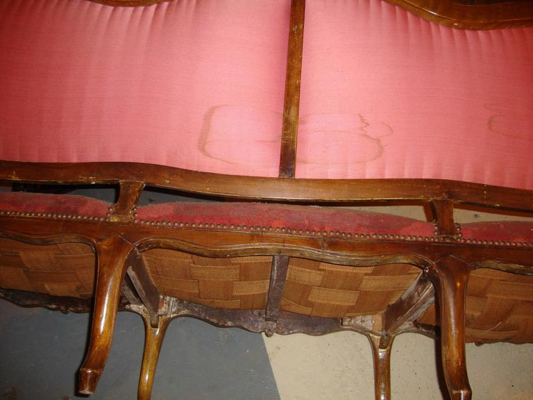 18th Century Louis XV Fruitwood Settee in Aubusson Upholstery For Sale 2
