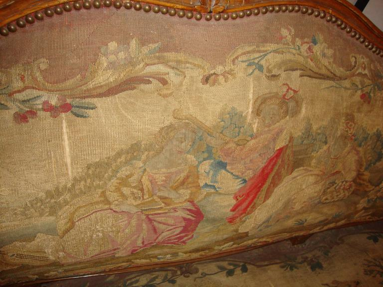 18th Century Louis XV Fruitwood Settee in Aubusson Upholstery For Sale 4