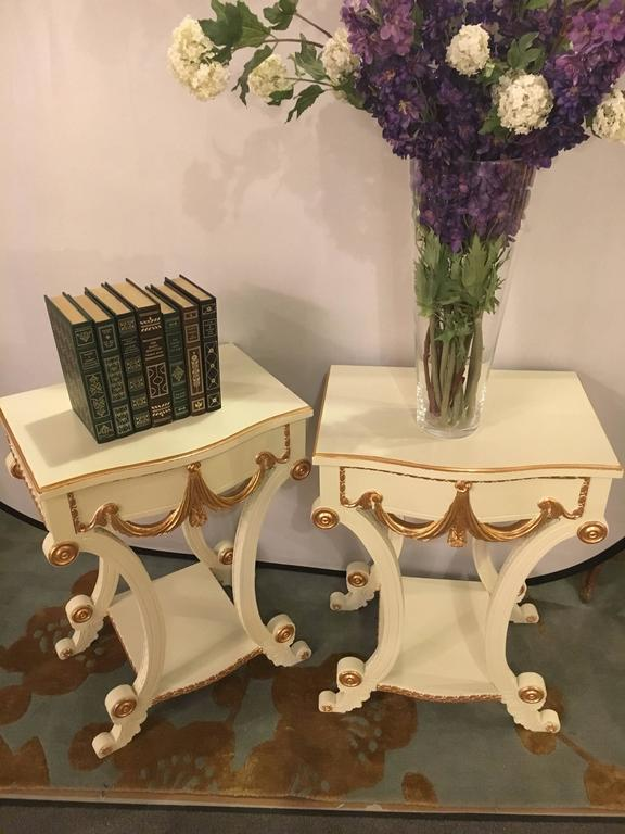 Hollywood Regency Pair of Grosfeld House Paint and Gilt Decorated End Tables or Nightstands For Sale