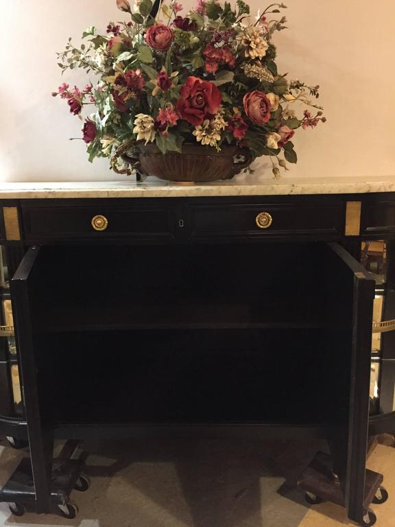 Hollywood Regency Monumental Louis XVI Style Sideboard with Vitrine Sides Attributed Jansen For Sale