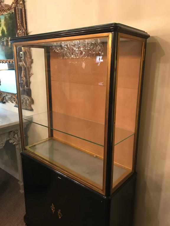 mid century modern ebonized vitrine or china cabinet bookcase manner of jansen for sale at 1stdibs. Black Bedroom Furniture Sets. Home Design Ideas
