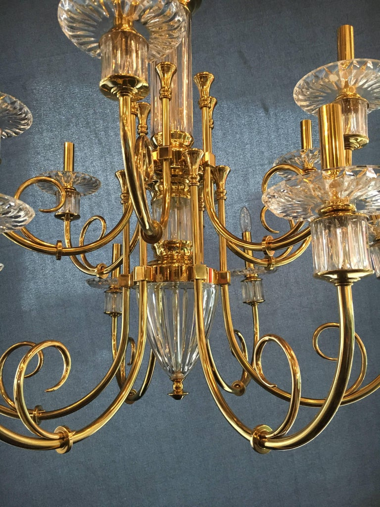 Custom 12-Light Bronze and Cut Crystal Chandelier with Chain and Crystal Canopy In Good Condition For Sale In Stamford, CT