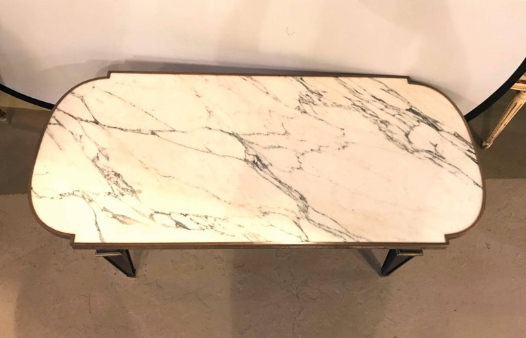 Louis XVI Style Hollywood Regency Ebonized Marble-Top Coffee Table by Jansen In Good Condition For Sale In Stamford, CT