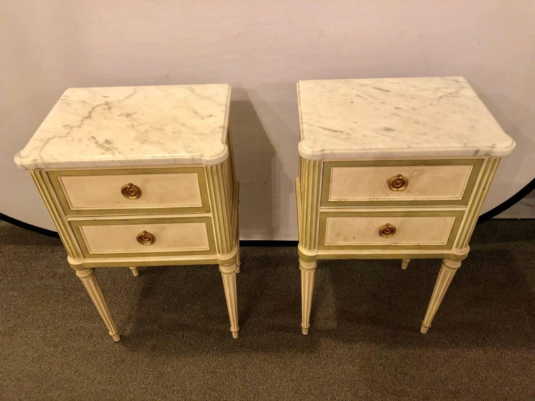Hollywood Regency Pair of Louis XVI Style Paint Decorated Marble Top End Tables or Nightstands For Sale