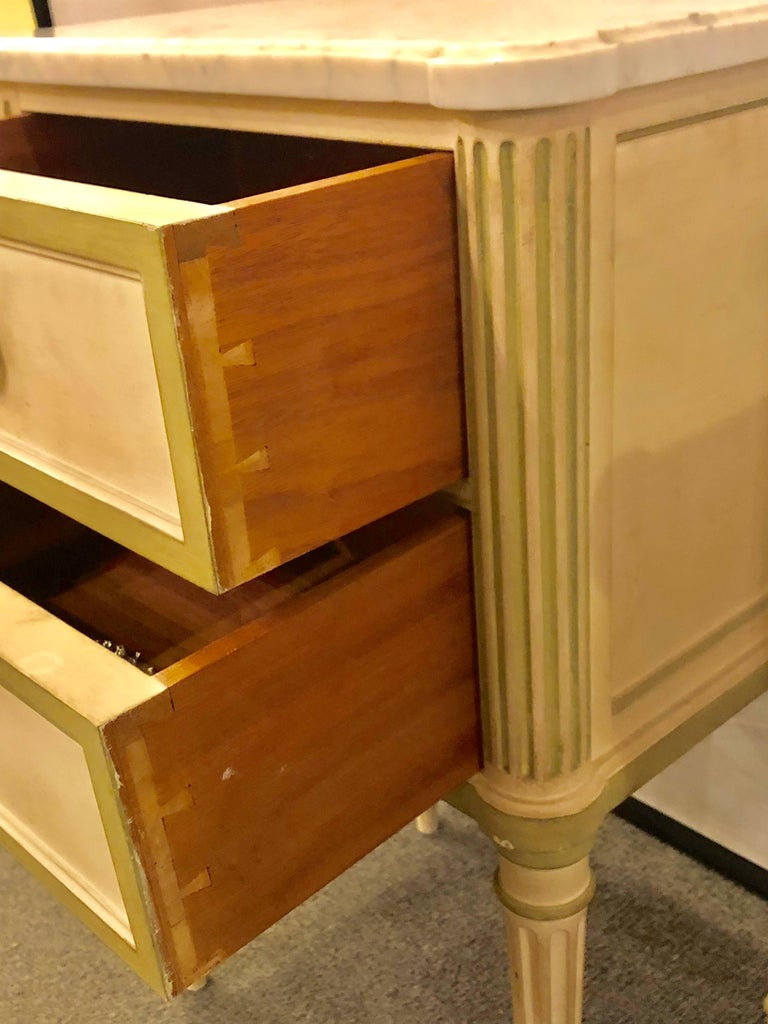 Pair of Louis XVI Style Paint Decorated Marble Top End Tables or Nightstands In Good Condition For Sale In Stamford, CT