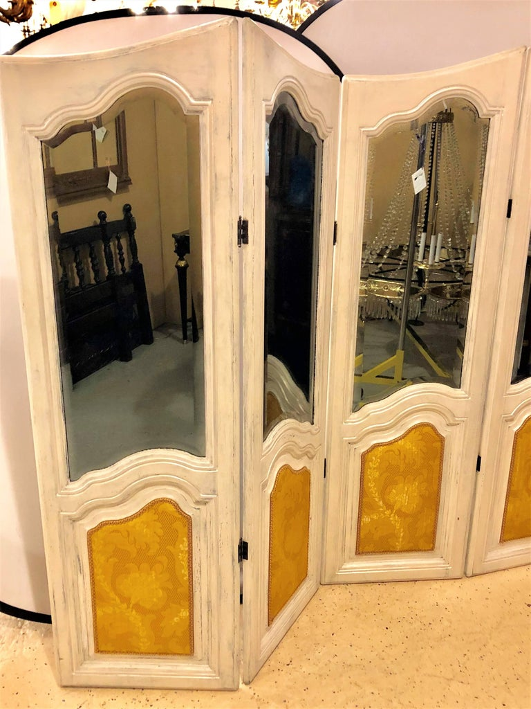 Hollywood Regency Four-Panel Painted Mirror/Room Divider or Folding Screen In Good Condition For Sale In Stamford, CT