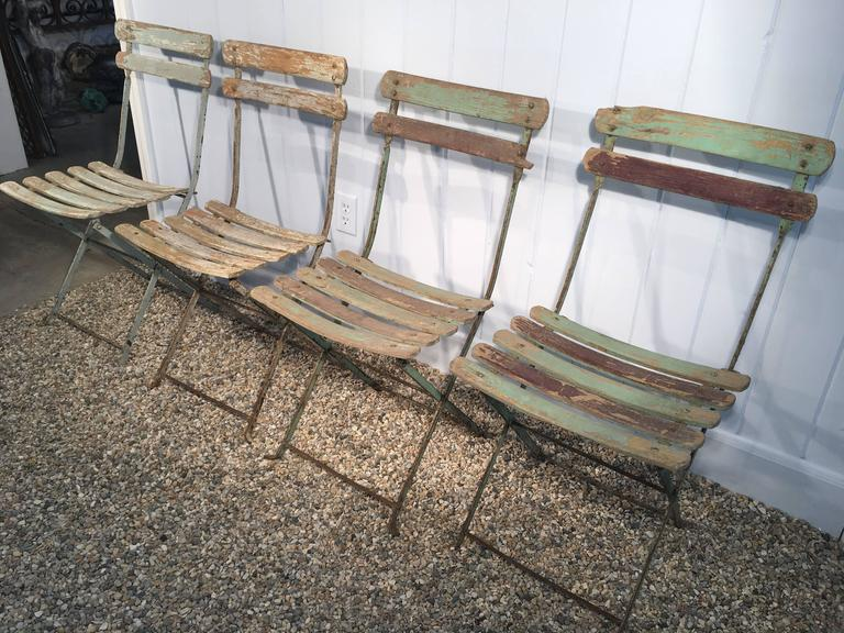 Set Of Four French Painted Wood And Iron Folding Bistro Chairs In Good  Condition For Sale