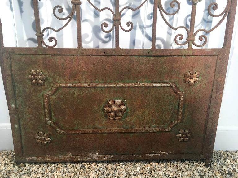 19th Century Decorative French Beaux Arts Wrought Iron Garden Gate For Sale