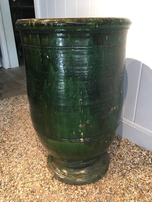Stunning French Dark Green Glazed Terracotta Planter or Pot In Good Condition For Sale In Woodbury, CT