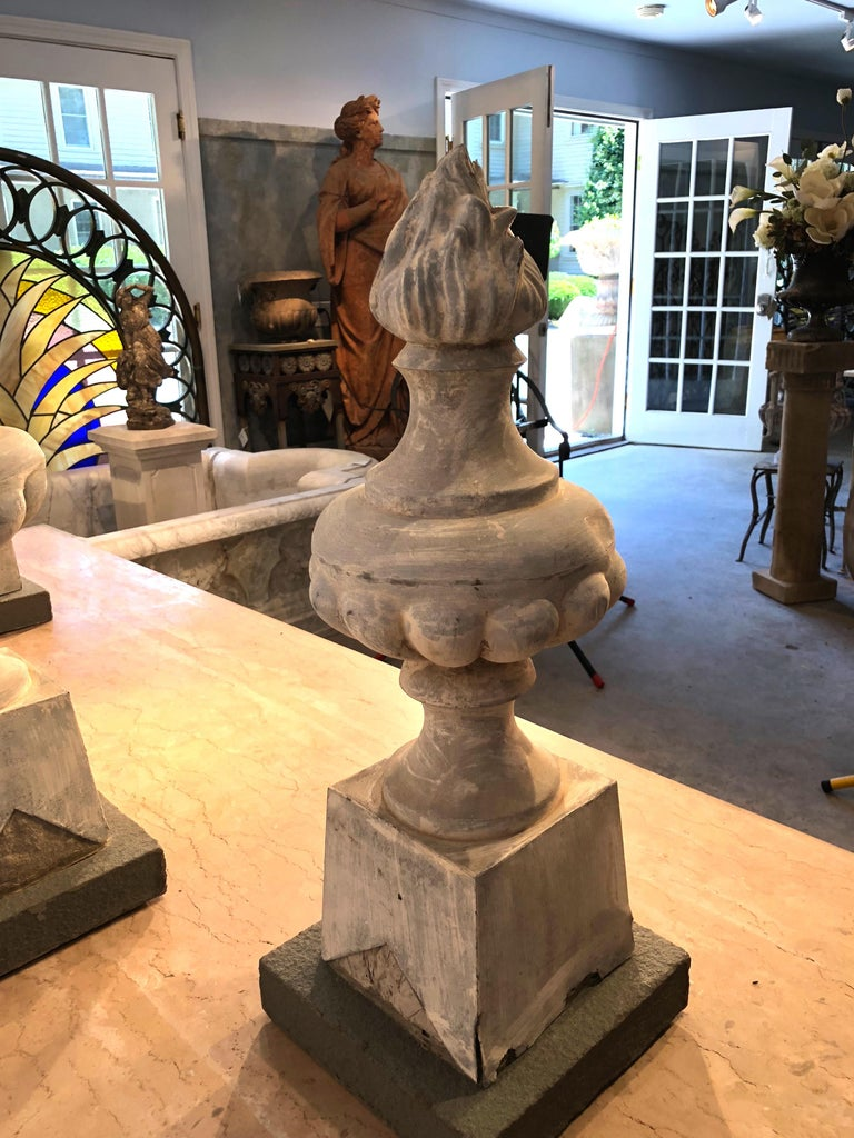 Two Pairs of 19th Century French Zinc Flame Finials For Sale 1