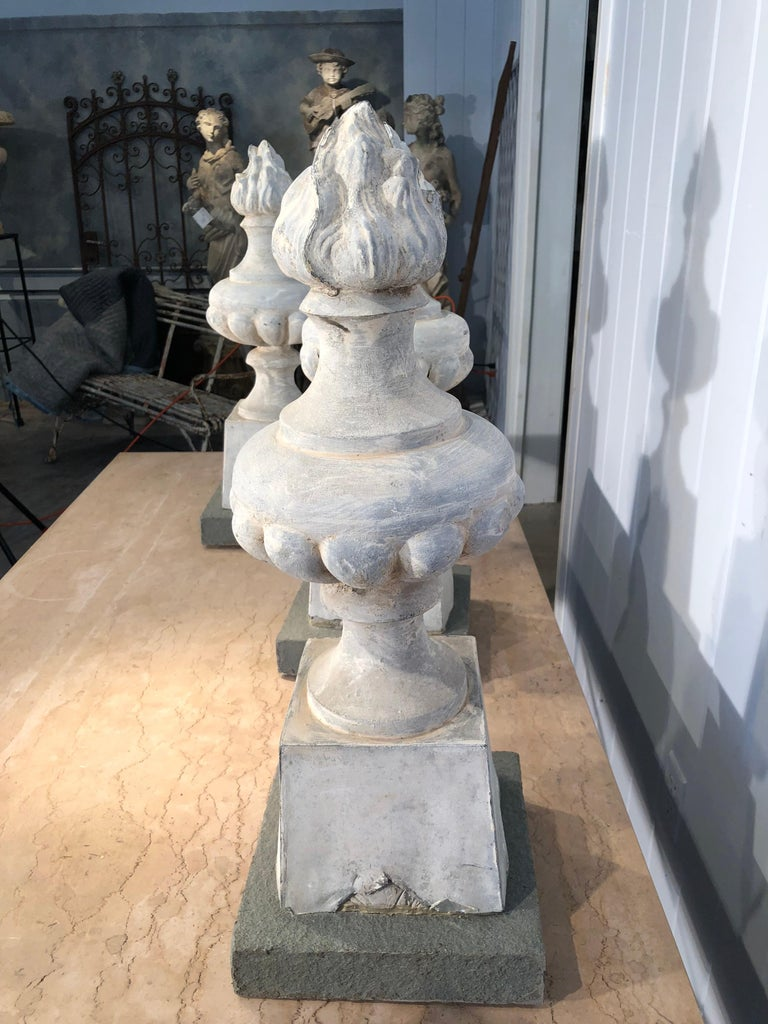 Two Pairs of 19th Century French Zinc Flame Finials For Sale 7