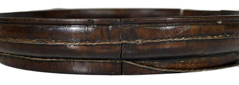 Antique Hand-Carved Dark Chinese Wooden Offering Basket from the, 19th Century For Sale 2