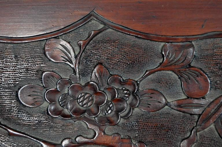 Antique Hand-Carved Lacquered Rosewood Wall Plaque from China, 19th Century In Good Condition For Sale In Yonkers, NY