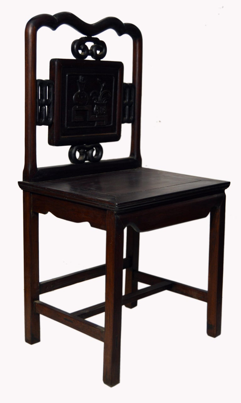 20th Century Antique Chinese Lacquered Yumu Wood Side Chair with Hand-Carved Décor For Sale