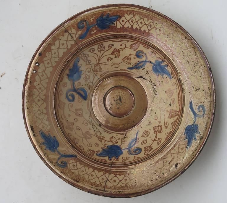 18th Century and Earlier 16th Century Spanish Hispano Moresque Copper Lustre Charger For Sale