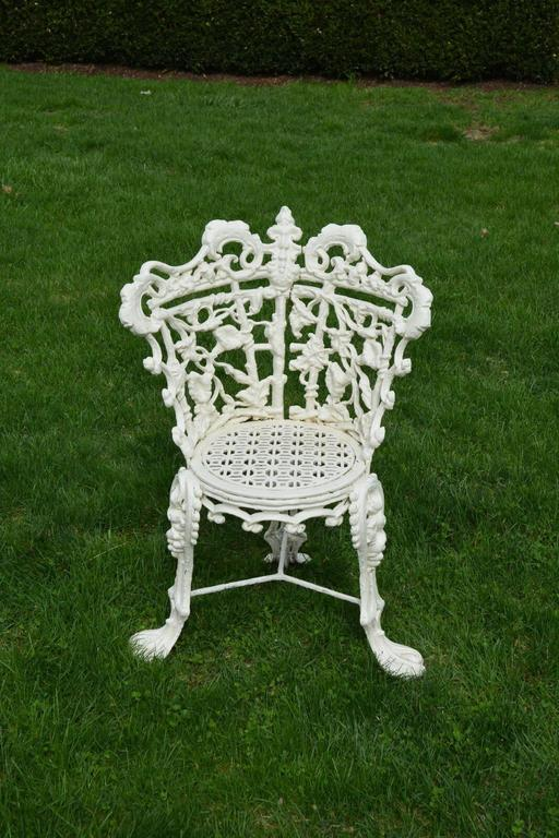 Garden Seat and Chairs in the Morning Glory Pattern 4
