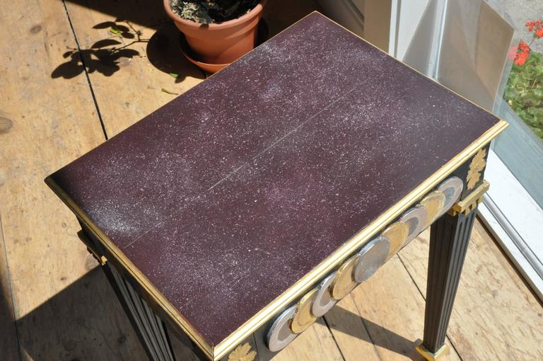 Neoclassical Pair of Faux Porphyry Painted Side Tables For Sale