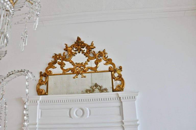 Pair of 18th Century Carved Gilt Wood Overdoor Mirrors In Good Condition For Sale In Essex, MA