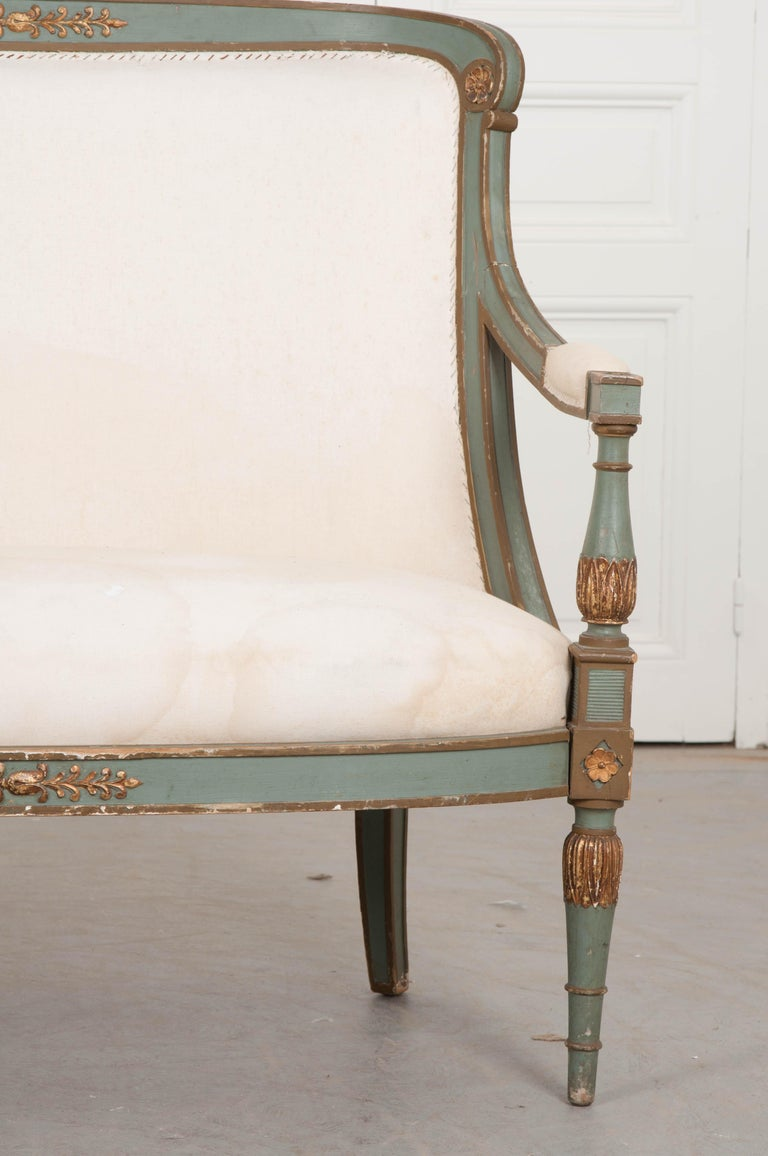 French 19th Century Parcel-Gilt Empire Settee In Good Condition For Sale In Baton Rouge, LA