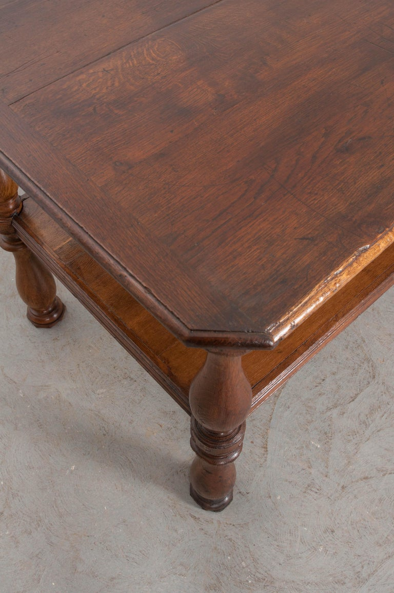 French 19th Century Oak Drapery Table For Sale 1