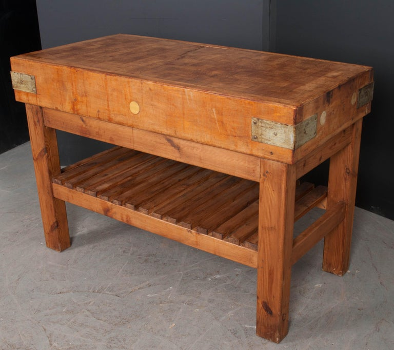 French Early 20th Century Pine Butcher Block For Sale 5