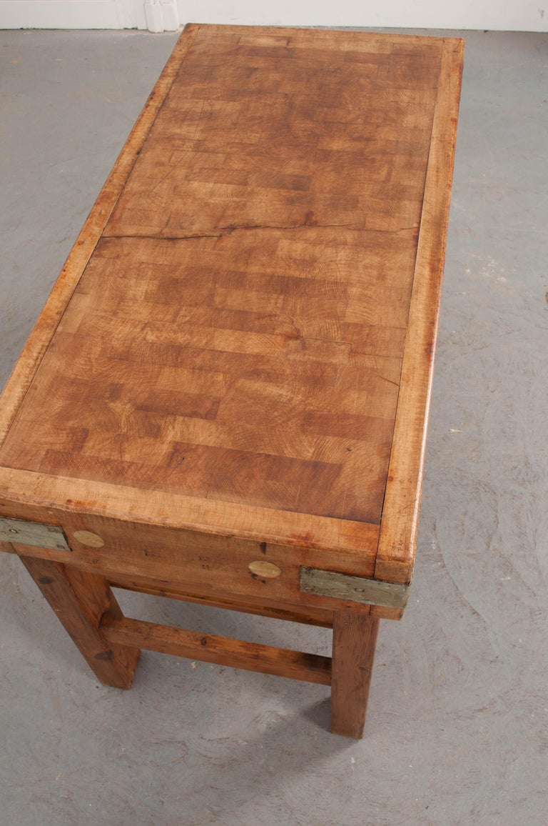 French Early 20th Century Pine Butcher Block In Good Condition For Sale In Baton Rouge, LA