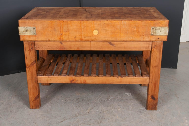 French Early 20th Century Pine Butcher Block For Sale 4