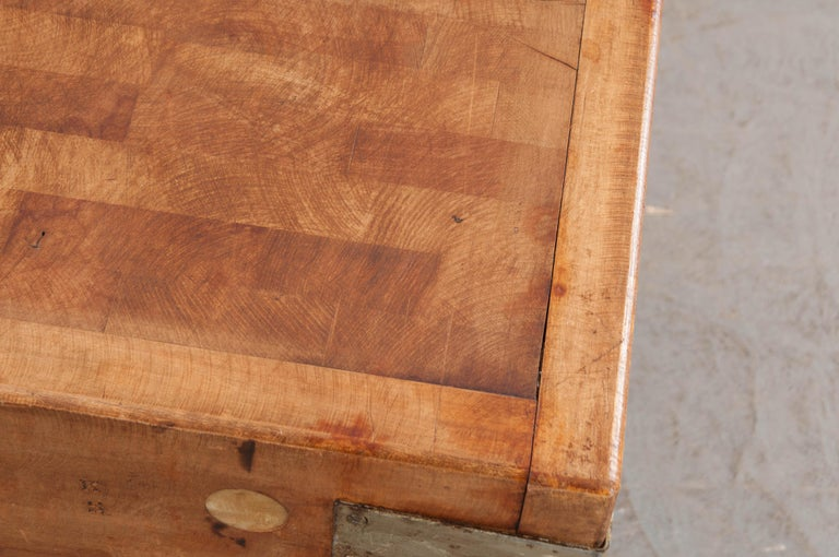French Early 20th Century Pine Butcher Block For Sale 1