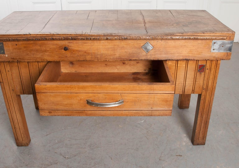 French Early 20th Century Art Deco Pine Butcher Block For Sale 2