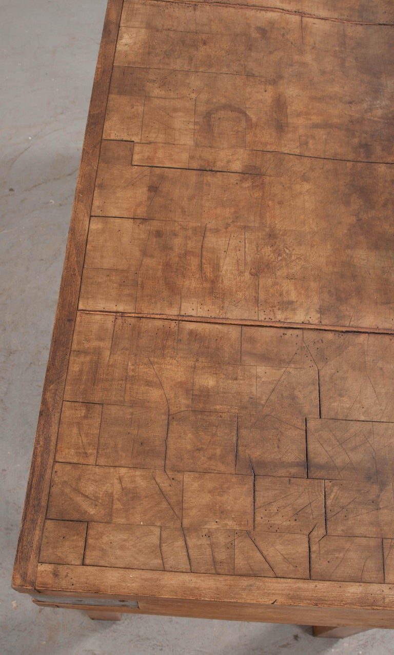 French Early 20th Century Art Deco Pine Butcher Block For Sale 7