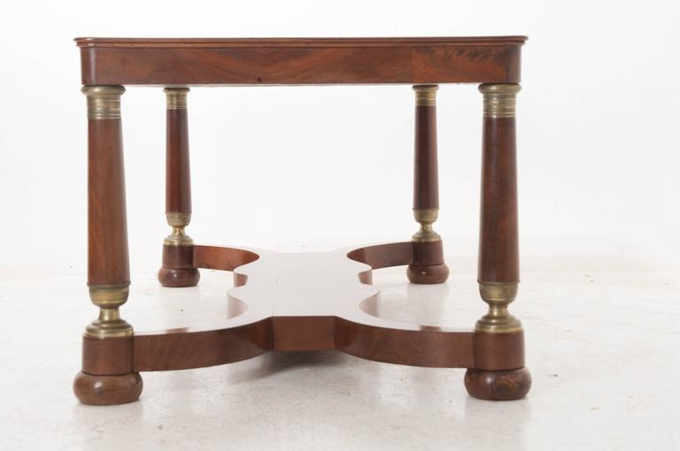 French 19th Century Empire Mahogany Dining Table In Good Condition For Sale In Baton Rouge, LA
