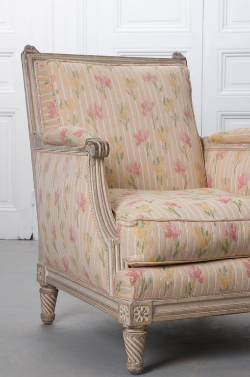 19th Century Pair of French Painted Louis XVI Style Bergères For Sale