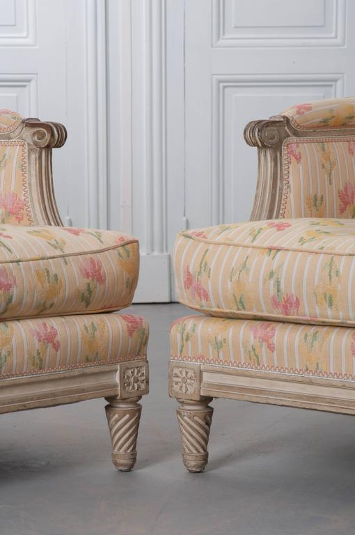 Pair of French Painted Louis XVI Style Bergères For Sale 2