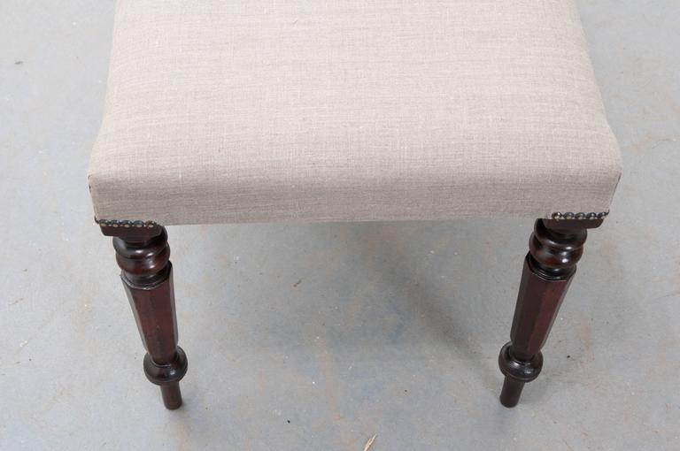 English 19th Century Upholstered Mahogany Bench For Sale 3