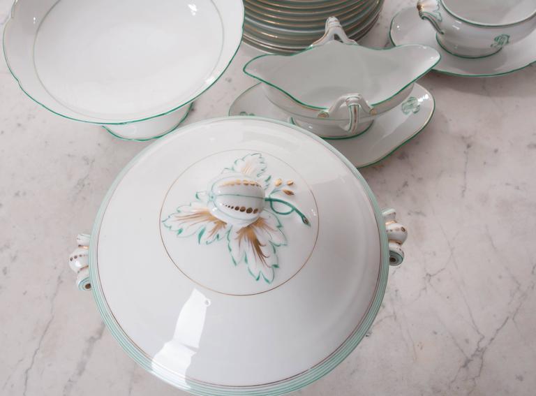 Porcelain Set of 16 Old Paris Dinner Service Pieces For Sale
