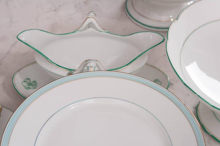 Set of 16 Old Paris Dinner Service Pieces For Sale 3