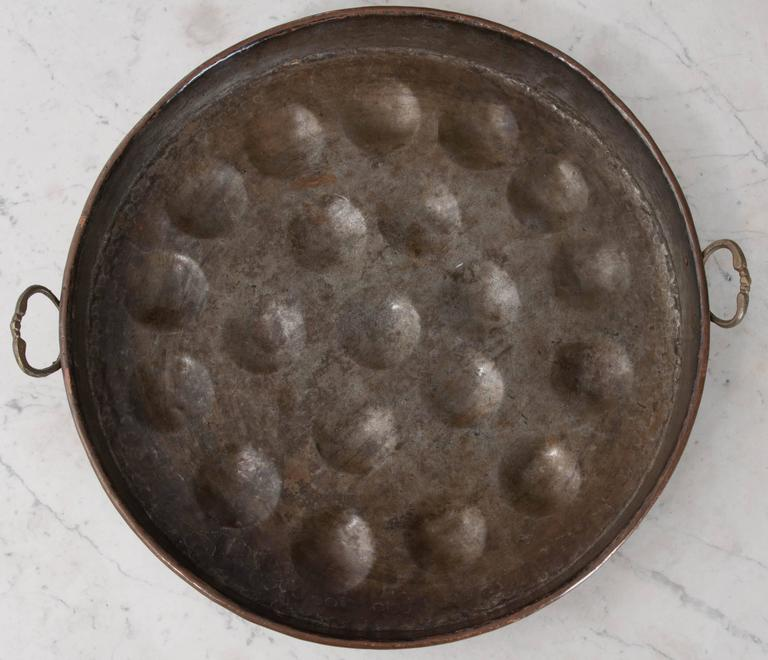 French Early 19th Century Copper Egg Bassine For Sale 1