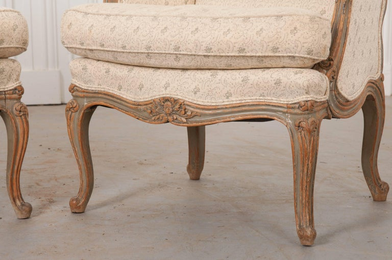 Pair of 19th Century French Louis XV Bergères For Sale 1