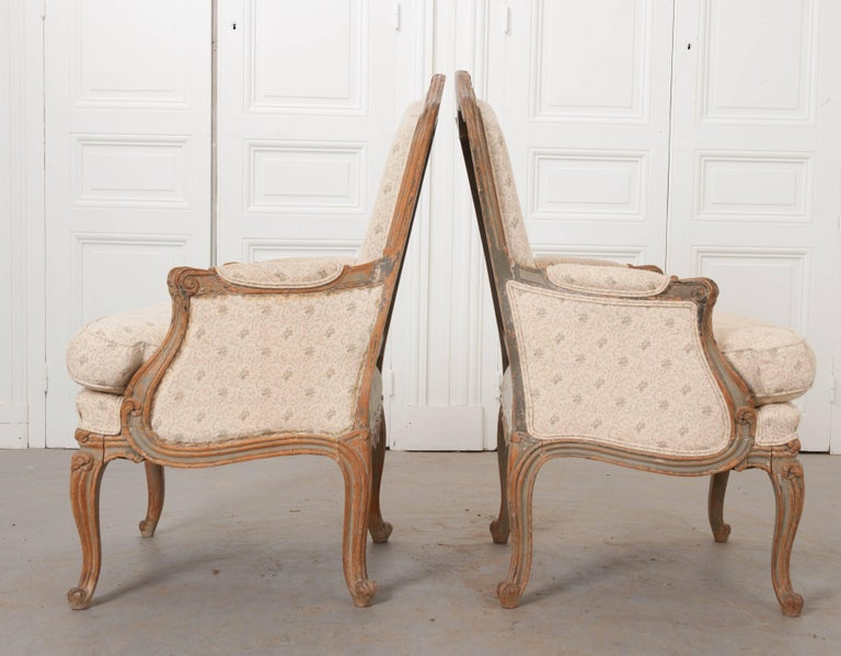Pair of 19th Century French Louis XV Bergères For Sale 4