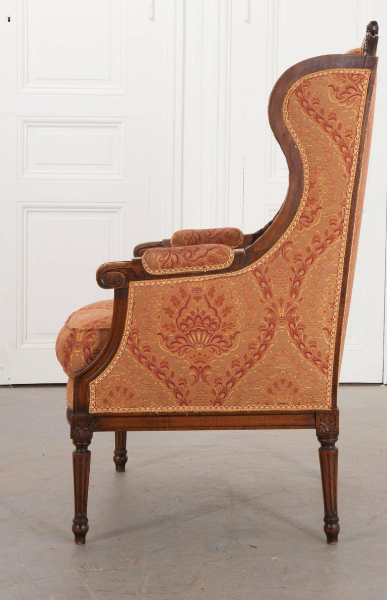 French 19th Century Louis XVI Upholstered Bergère For Sale 4