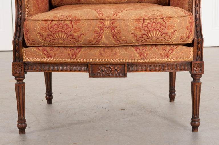 French 19th Century Louis XVI Upholstered Bergère In Good Condition For Sale In Baton Rouge, LA