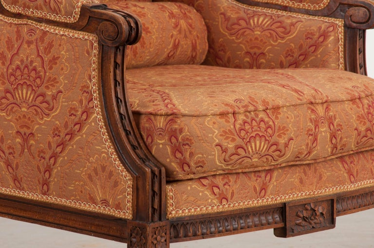 French 19th Century Louis XVI Upholstered Bergère For Sale 2