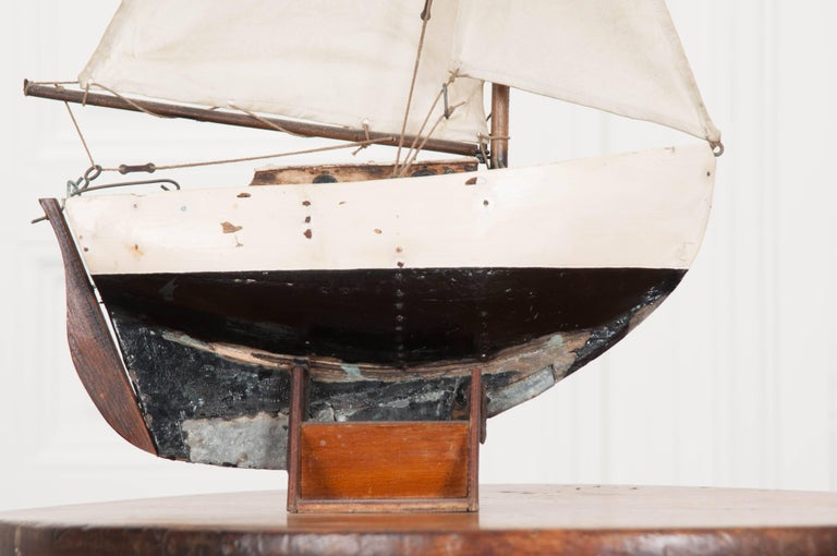 Canvas Early 20th Century English Pond Yacht For Sale