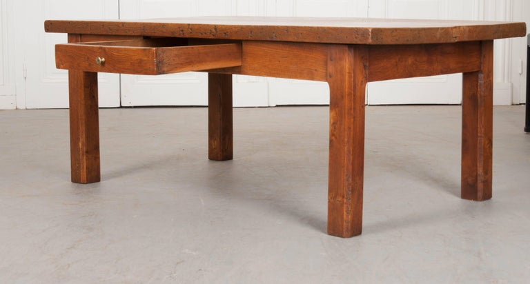 French 19th Century Chestnut Coffee Table For Sale 2