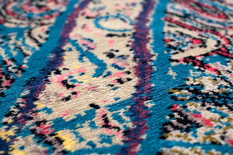 Contemporary Area Rug Multicolored Silk and Wool 6x9 In Excellent Condition For Sale In New York, NY