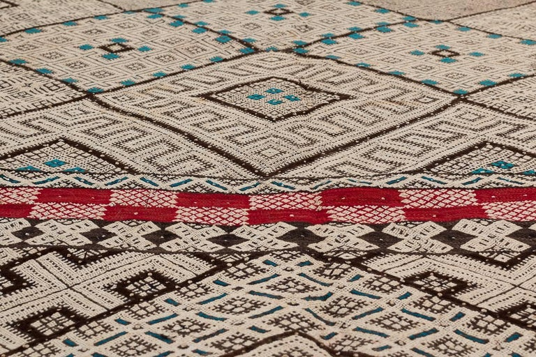 Late 20th Century Exceptional Vintage Moroccan Kilim For Sale
